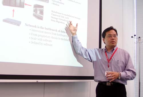 Pica 8 CEO James Liao氏
